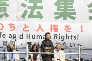 5・3憲法集会で訴える澤地久枝さん